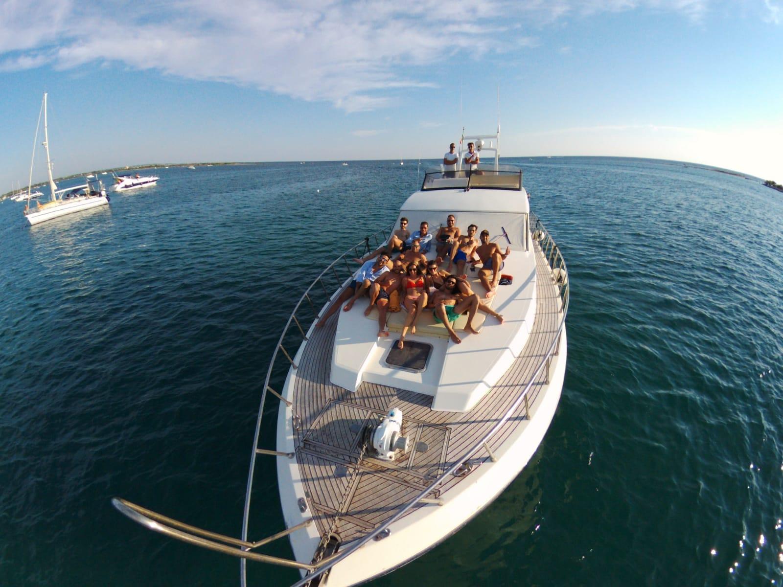 Noleggio Yacht a Gallipoli e nel Mare del Salento